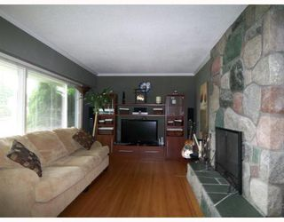 Photo 3: 12109 IRVING Street in Maple_Ridge: Northwest Maple Ridge House for sale (Maple Ridge)  : MLS®# V726186