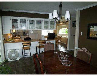 Photo 4: 12109 IRVING Street in Maple_Ridge: Northwest Maple Ridge House for sale (Maple Ridge)  : MLS®# V726186