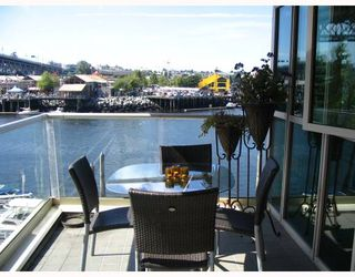 "Photo 2: 306 1600 HORNBY Street in Vancouver: False Creek North Condo for sale in ""YACHT HARBOUR POINTE"" (Vancouver West)  : MLS®# V727890"