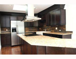 "Photo 3: 5533 6TH Avenue in Tsawwassen: Tsawwassen Central House for sale in ""TSAWWASSEN CENTRAL"" : MLS®# V771772"