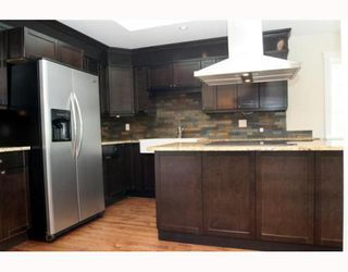 "Photo 4: 5533 6TH Avenue in Tsawwassen: Tsawwassen Central House for sale in ""TSAWWASSEN CENTRAL"" : MLS®# V771772"