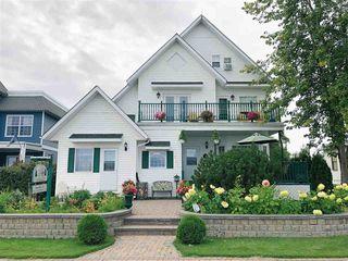 Photo 1: 607 Lakeshore Drive: Cold Lake House for sale : MLS®# E4170655