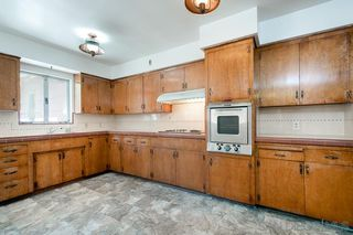 Photo 9: LA MESA House for sale : 3 bedrooms : 4130 Yale Ave