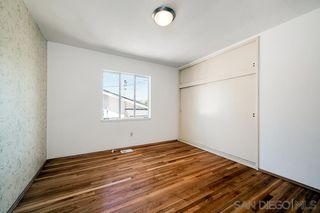 Photo 8: LA MESA House for sale : 3 bedrooms : 4130 Yale Ave