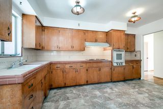 Photo 4: LA MESA House for sale : 3 bedrooms : 4130 Yale Ave