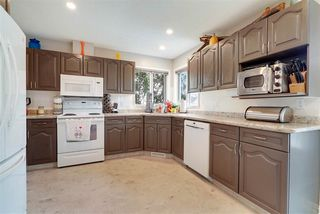 Photo 4: 172 ORMSBY Road in Edmonton: Zone 20 House for sale : MLS®# E4179261