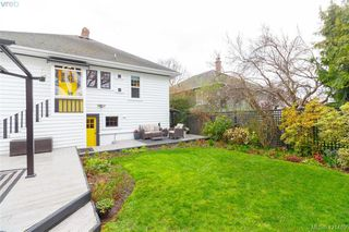 Photo 32: 2418 Central Ave in VICTORIA: OB South Oak Bay House for sale (Oak Bay)  : MLS®# 834096