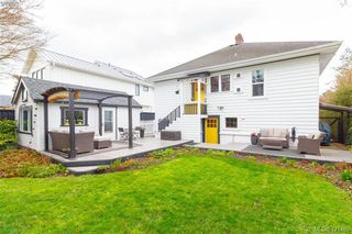 Photo 33: 2418 Central Ave in VICTORIA: OB South Oak Bay House for sale (Oak Bay)  : MLS®# 834096