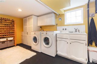 Photo 17: 2418 Central Ave in VICTORIA: OB South Oak Bay House for sale (Oak Bay)  : MLS®# 834096