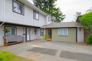 Photo 1: B 3004 Pickford Rd in Colwood: Co Hatley Park Half Duplex for sale : MLS®# 840046