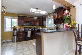 Photo 8: B 3004 Pickford Rd in Colwood: Co Hatley Park Half Duplex for sale : MLS®# 840046