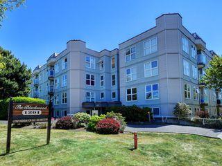 Photo 1: 102 1201 Hillside Ave in : Vi Hillside Condo Apartment for sale (Victoria)  : MLS®# 850315