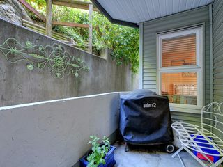 Photo 21: 102 1201 Hillside Ave in : Vi Hillside Condo Apartment for sale (Victoria)  : MLS®# 850315