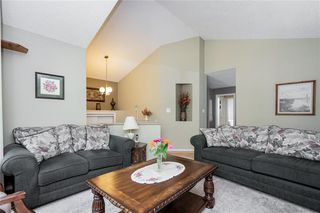 Photo 2: 99 Maplegrove Road in Winnipeg: Riverbend Residential for sale (4E)  : MLS®# 202018235