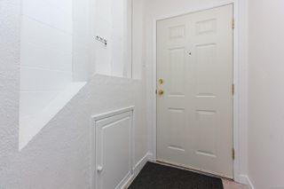 Photo 10: 1 840 Craigflower Rd in : Es Kinsmen Park Row/Townhouse for sale (Esquimalt)  : MLS®# 853668