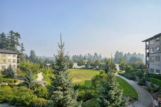 Photo 25: 205 3156 DAYANEE SPRINGS Boulevard in Coquitlam: Westwood Plateau Condo for sale : MLS®# R2497501
