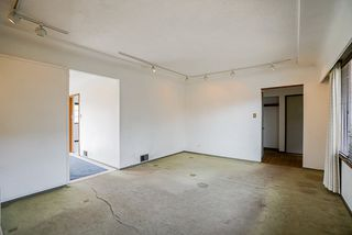 Photo 5: 3779 SUNSET STREET in Burnaby: Burnaby Hospital House for sale (Burnaby South)  : MLS®# R2481232