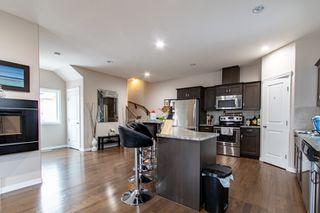 Photo 4: 2 10417 69 Avenue in Edmonton: Zone 15 Condo for sale : MLS®# E4219609