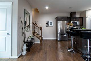 Photo 3: 2 10417 69 Avenue in Edmonton: Zone 15 Condo for sale : MLS®# E4219609