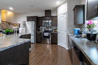 Photo 5: 2 10417 69 Avenue in Edmonton: Zone 15 Condo for sale : MLS®# E4219609