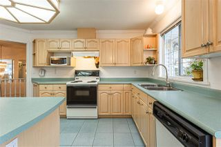 Photo 11: 19034 DOERKSEN Drive in Pitt Meadows: Central Meadows House for sale : MLS®# R2519317