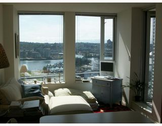 Photo 3: 2309 550 TAYLOR Street in Vancouver: Downtown VW Condo for sale (Vancouver West)  : MLS®# V788579