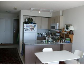 Photo 4: 2309 550 TAYLOR Street in Vancouver: Downtown VW Condo for sale (Vancouver West)  : MLS®# V788579