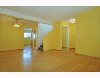 Photo 4: 36 CEDARDALE Mews SW in CALGARY: Cedarbrae Residential Detached Single Family for sale (Calgary)  : MLS®# C3404111
