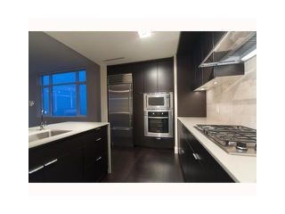 """Photo 3: 1803 1320 CHESTERFIELD Avenue in North Vancouver: Central Lonsdale Condo for sale in """"Vista Place"""" : MLS®# V836477"""