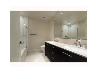 """Photo 5: 1803 1320 CHESTERFIELD Avenue in North Vancouver: Central Lonsdale Condo for sale in """"Vista Place"""" : MLS®# V836477"""