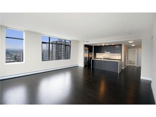 """Photo 7: 1803 1320 CHESTERFIELD Avenue in North Vancouver: Central Lonsdale Condo for sale in """"Vista Place"""" : MLS®# V836477"""