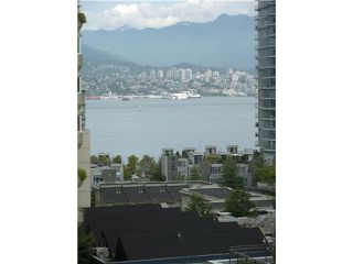 """Photo 3: 805 1238 MELVILLE Street in Vancouver: Coal Harbour Condo for sale in """"POINTE CLAIRE"""" (Vancouver West)  : MLS®# V850461"""