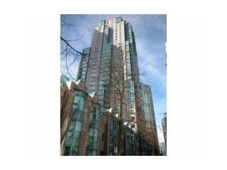 """Photo 1: 805 1238 MELVILLE Street in Vancouver: Coal Harbour Condo for sale in """"POINTE CLAIRE"""" (Vancouver West)  : MLS®# V850461"""