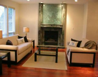 Photo 2: 767 W KING EDWARD AV in Vancouver: Cambie House for sale (Vancouver West)  : MLS®# V571420