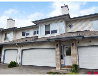 Photo 1: 11 21579 88B Avenue in Langley: Walnut Grove Townhouse for sale : MLS®# F2818220