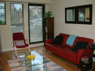 "Photo 2: 2432 W 4TH Ave in Vancouver: Kitsilano Condo for sale in ""PARIZ"" (Vancouver West)  : MLS®# V625294"