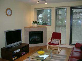 "Photo 3: 2432 W 4TH Ave in Vancouver: Kitsilano Condo for sale in ""PARIZ"" (Vancouver West)  : MLS®# V625294"