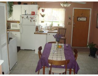 Photo 6: 21180 DEWDNEY TRUNK Road in Maple_Ridge: Southwest Maple Ridge House for sale (Maple Ridge)  : MLS®# V768897