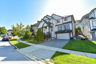 "Photo 1: 7132 178 Street in Surrey: Cloverdale BC House for sale in ""Provinceton"" (Cloverdale)  : MLS®# R2391647"