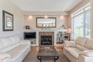 Photo 16: 22 DISCOVERY WOODS Villa SW in Calgary: Discovery Ridge Semi Detached for sale : MLS®# C4259210