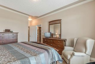 Photo 19: 22 DISCOVERY WOODS Villa SW in Calgary: Discovery Ridge Semi Detached for sale : MLS®# C4259210