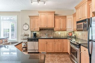 Photo 8: 22 DISCOVERY WOODS Villa SW in Calgary: Discovery Ridge Semi Detached for sale : MLS®# C4259210