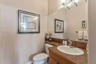Photo 22: 22 DISCOVERY WOODS Villa SW in Calgary: Discovery Ridge Semi Detached for sale : MLS®# C4259210