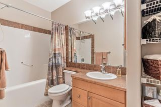 Photo 29: 22 DISCOVERY WOODS Villa SW in Calgary: Discovery Ridge Semi Detached for sale : MLS®# C4259210