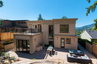 Photo 19: 910 BRAESIDE Street in West Vancouver: Sentinel Hill House for sale : MLS®# R2395782