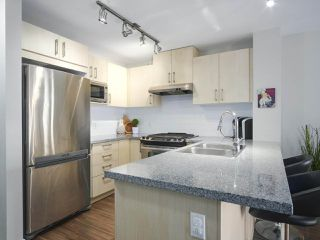 """Photo 11: 417 3178 DAYANEE SPRINGS Boulevard in Coquitlam: Westwood Plateau Condo for sale in """"Tamarack by Polygon"""" : MLS®# R2397922"""