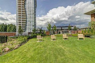 "Photo 20: 901 3100 WINDSOR Gate in Coquitlam: New Horizons Condo for sale in ""The Lloyd by Polygon"" : MLS®# R2405510"