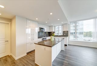 "Photo 2: 901 3100 WINDSOR Gate in Coquitlam: New Horizons Condo for sale in ""The Lloyd by Polygon"" : MLS®# R2405510"
