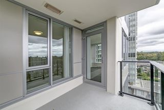 "Photo 13: 901 3100 WINDSOR Gate in Coquitlam: New Horizons Condo for sale in ""The Lloyd by Polygon"" : MLS®# R2405510"