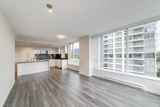 "Photo 5: 901 3100 WINDSOR Gate in Coquitlam: New Horizons Condo for sale in ""The Lloyd by Polygon"" : MLS®# R2405510"